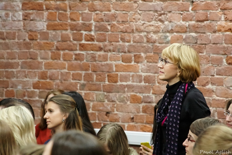 lavrishina meeting with blog readers st petersburg october 2013  5