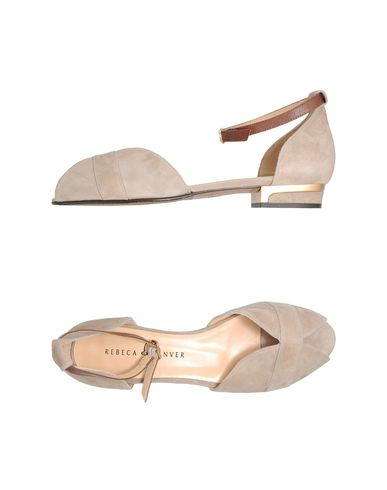 rebecca sanders tan sandals flat