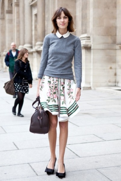 A-LOVE-IS-BLIND-ALEXA-CHUNG-PETER-PAN-COLLAR-GREY-GRAY-SWEATER-KNIT-FLORAL-PRINT-STRIPE-SKIRT-LOUIS-VUITTON-BAG-BOW-FLATS-WHITE-NAIL-POLISH-FASHION-WEEK-STREET-STYLE