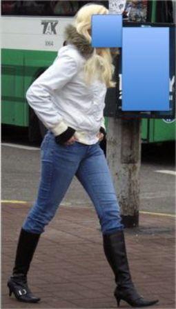 Девушка в джинсах и сапогах фото фото 237-586
