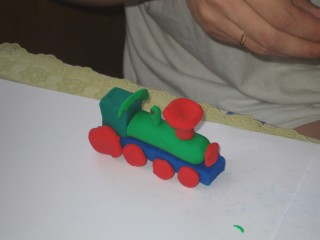 Как сделать поезд из пластилина