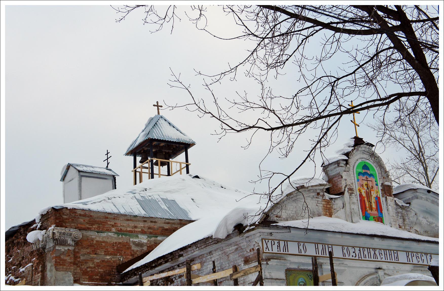 крестовоздвиженский собор в Нижних Сергах