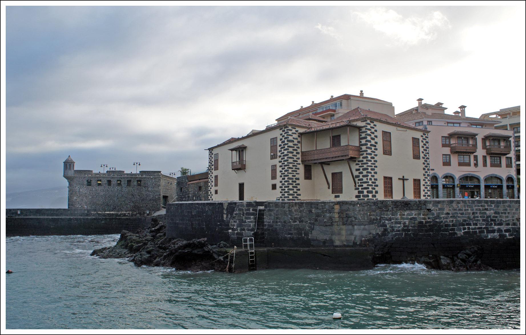 гавань и крепость