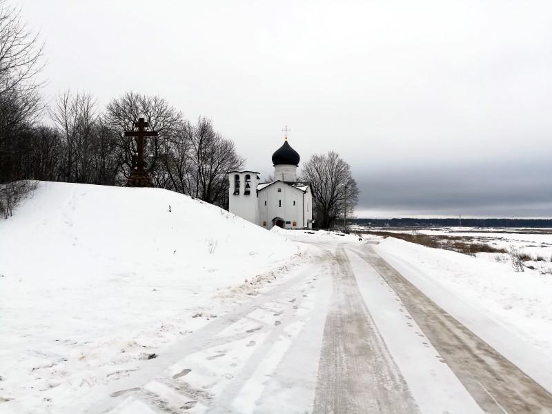 Псковская земля. Зимняя поездка в Выбуты. Храм Ильи Пророка (XV век)