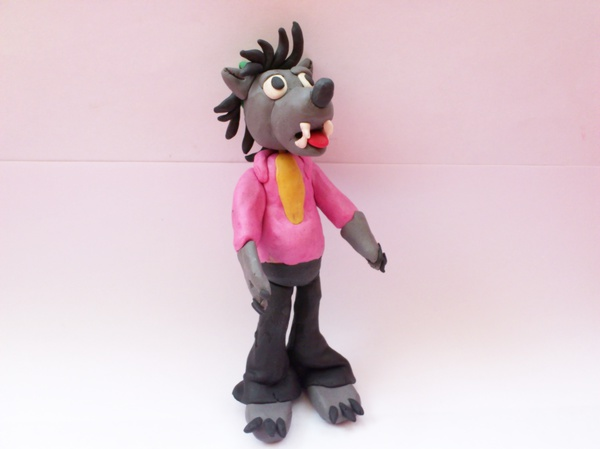 Лепим из пластилина волка из мультфильма «Ну, погоди!»