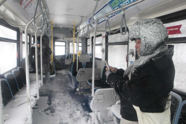 Автобусы все равно ходят!