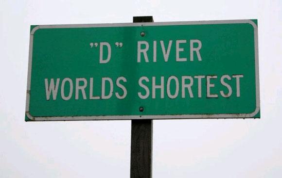 D, самая короткая река в мире (37 м).jpg