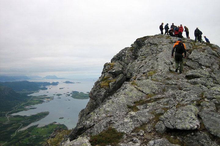(27) Litltind Mountain (717 moh - 2352 feet).jpg