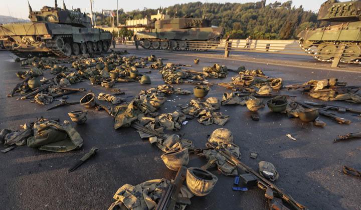 Попытка военного переворота в Турции (2016).jpg