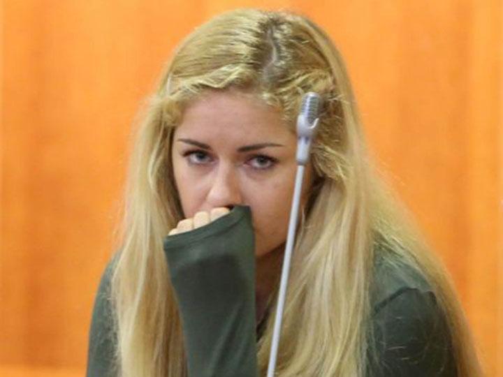 Майка Кукучева на суде.jpg