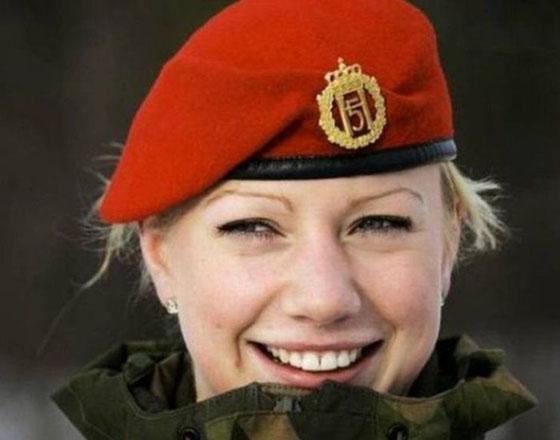 Девушки в армии Норвегии (4).jpg