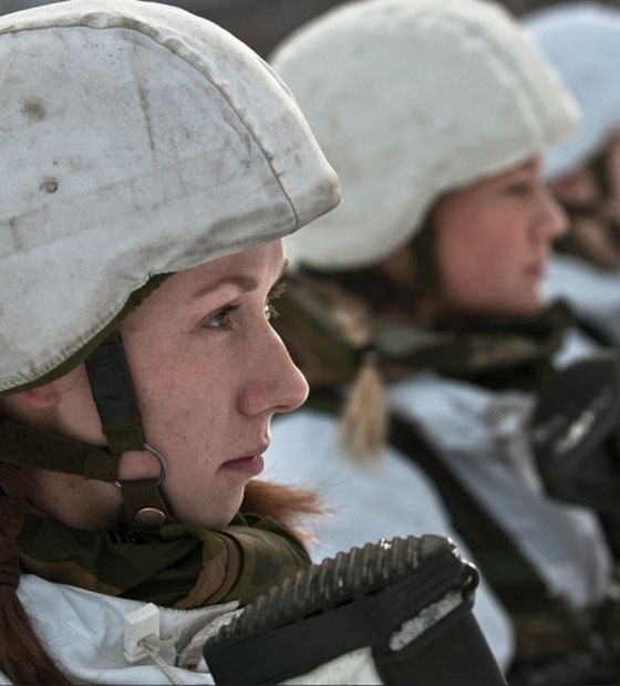 Девушки в армии Норвегии (32).jpg