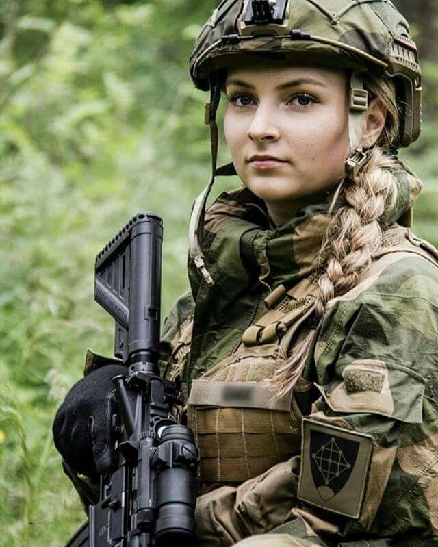 Девушки в армии Норвегии (50).jpg
