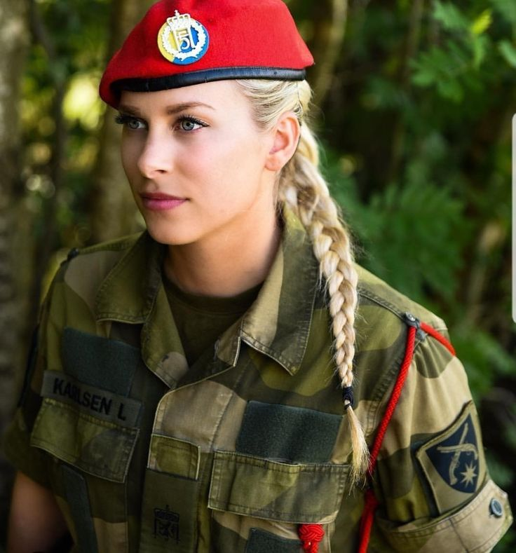 Девушки в армии Норвегии (52).jpg