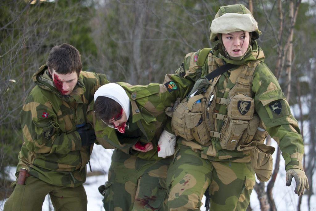Девушки в армии Норвегии (55).jpg