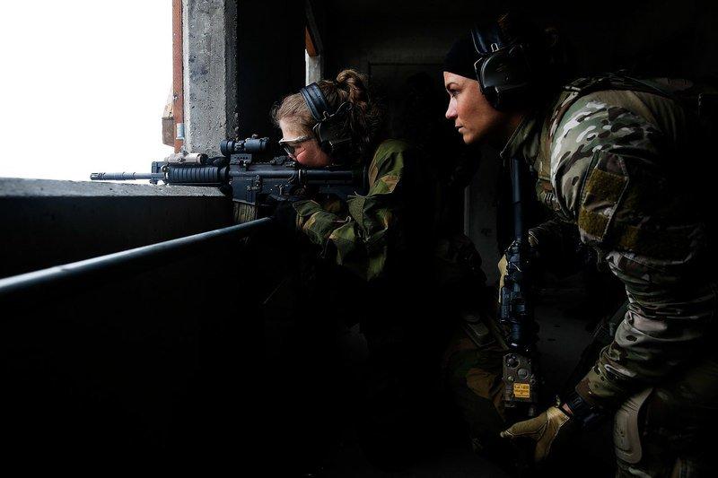 Девушки в армии Норвегии (56).jpg