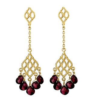 garnet-gold-dangling-earrings-jewelry