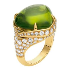 Bulgari-Peridot-and-Diamond-Ring-Photo-courtesy-of-Bulgari