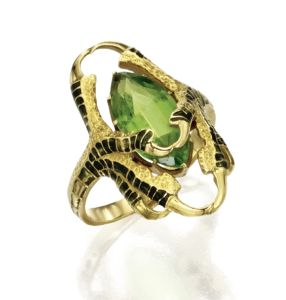GOLD-PERIDOT-AND-ENAMEL-RING-RENÉ-LALIQUE-CIRCA-1900-Photo-courtesy-of-Sothebys