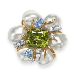 Lot-109-A-PERIDOT-CULTURED-PEARL-AND-DIAMOND-BROOCH-BY-SEAMAN-SCHEPPS