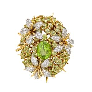 Tiffany-Co.-Schlumberger-Peridot-Diamond-Coussin-Pendant-Brooch-Photo-courtesy-of-Betteridge