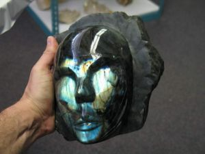 labradorite-face-carving-hand-carved-in-madagascar-1