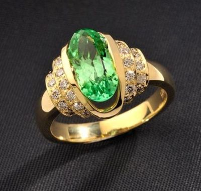Hiddenite-Diamond-Ring.5r