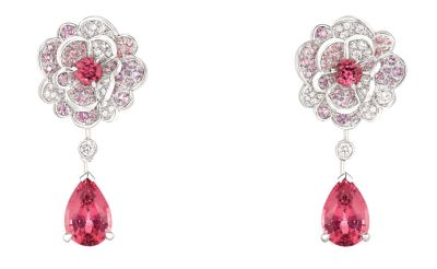 Chanel-Camélia-Origami-earrings.