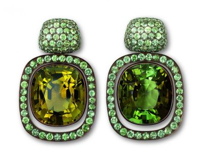 Hemmerle-earrings-copper-white-gold-olive-green-and-green-tourmalines-green-sapphires