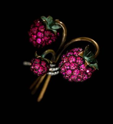 JAR-Raspberry-Brooch-2011