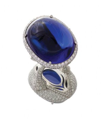 Natural-sugarloaf-103.39-carat-tanzanite-and-7.76-carats-of-diamonds-set-in-platinum-by-J.W.-Currrens