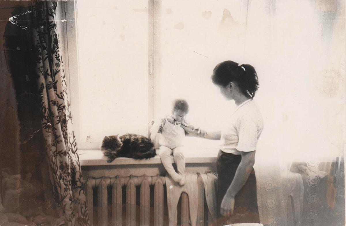 Фотограф Александра Наветная в детстве. Старые детские фотографии. Привет из СССР, было время.