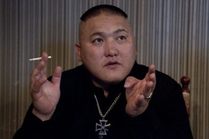 mongolian_skinheads_05