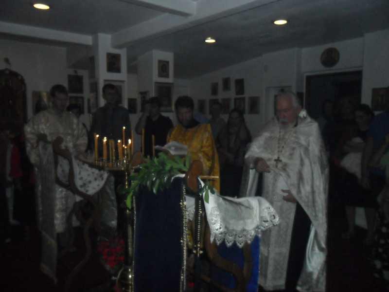 06 ЯНВАРЯ, 2013 г. СЛУЖБА В РУССКОЙ ЦЕРКВИ (1)