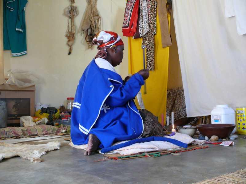 22 ДЕКАБРЯ, 2013 г. SANGOMA THULI MKHWANAZI (31)