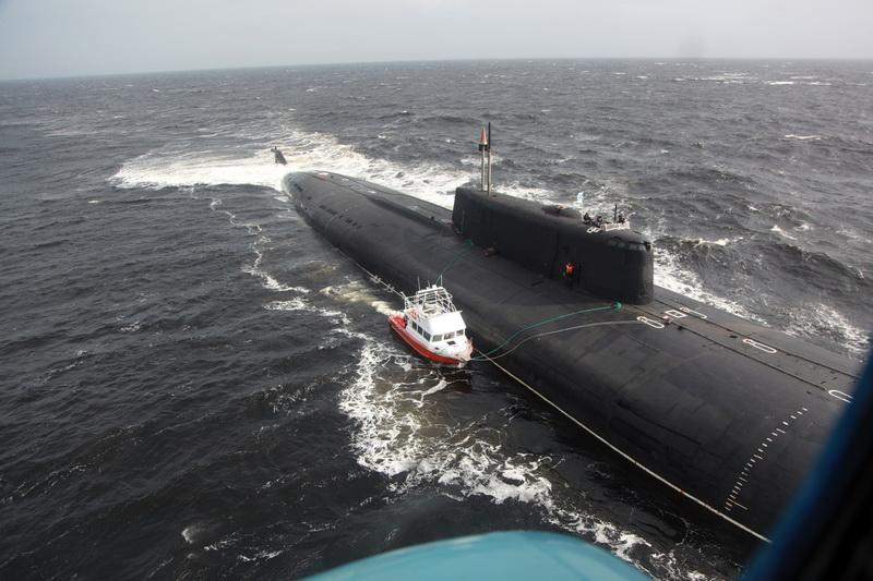 22 JUNE 2014  Russian nuclear submarine rescued civilian mariners in the White Sea! (1)