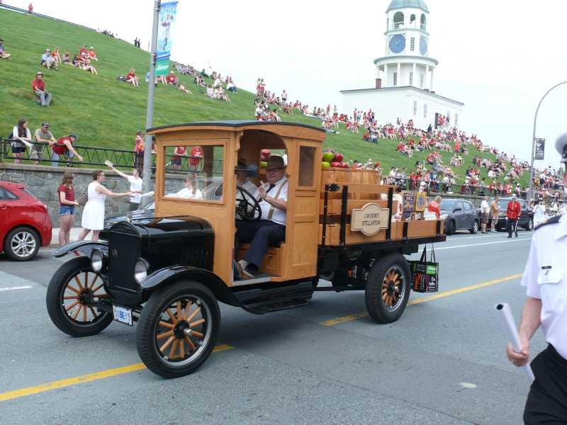 01 JULY, 2014 CANADA DAY! Parade (20)