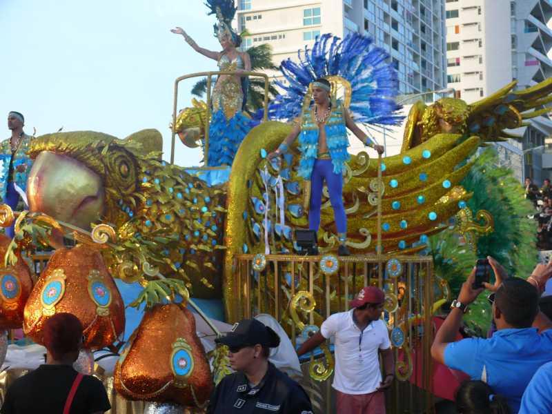 17 ФЕВРАЛЯ, 2015 г. КАРНАВАЛ в Panama-City (55)
