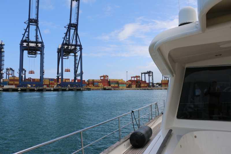 21 ФЕВРАЛЯ, 2015 г. НА ШВАРТОВЫХ в порту Christobal, Colon, Panama (2)