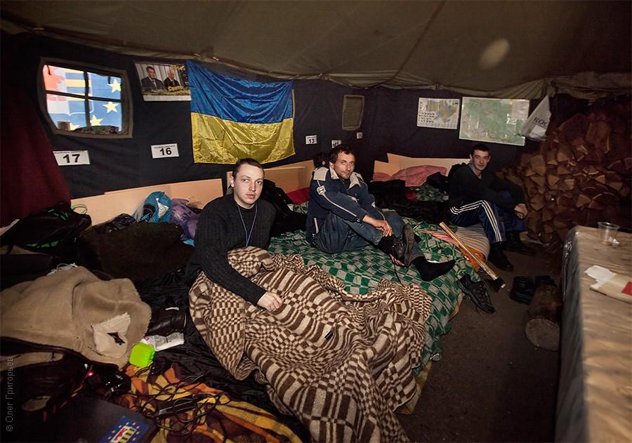 евромайдан палаточный лагерь