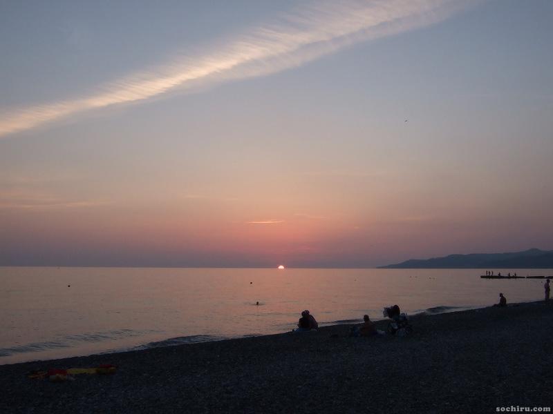 Закат на море июльским вечером