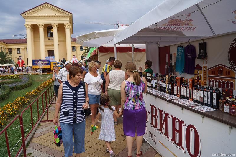 Прилавки с винами Кубани