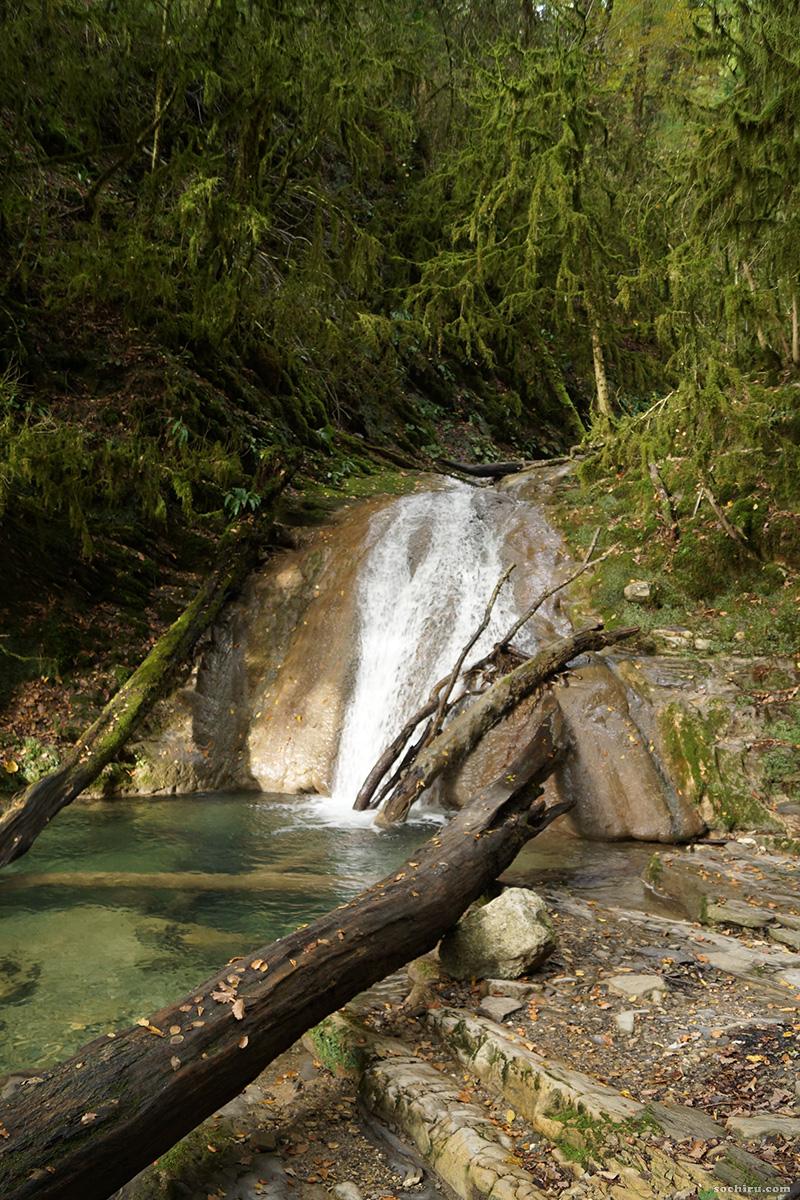 водопады 33 водопадов