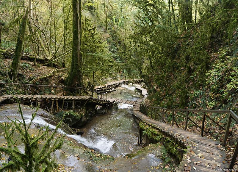 Туристические маршруты 33 водопадов