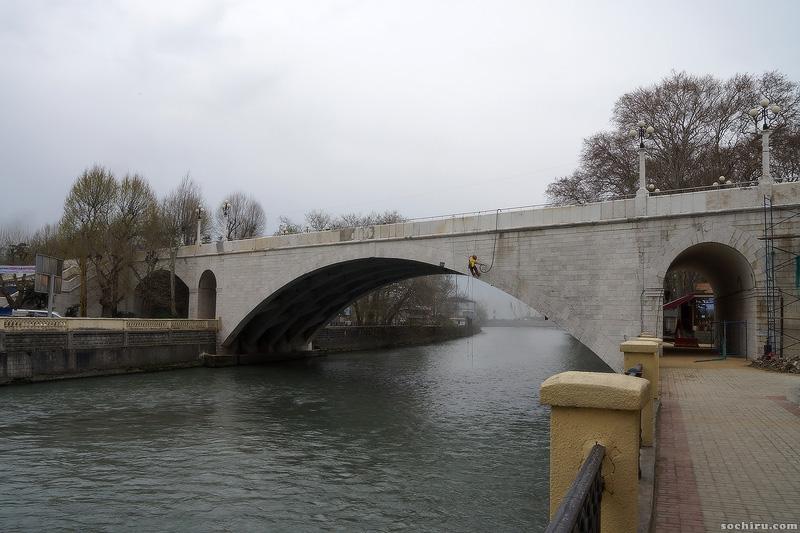 ремонтные работы на ривьерском мосту
