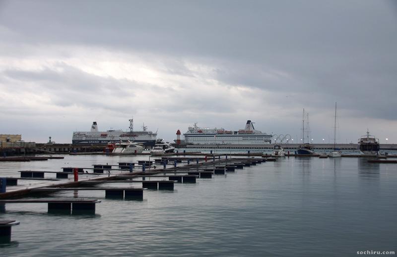 Корабли в Морском порту