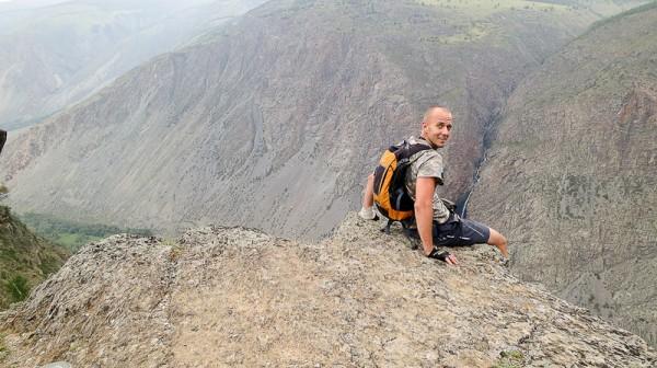 На вершине перевала Кату-Ярык
