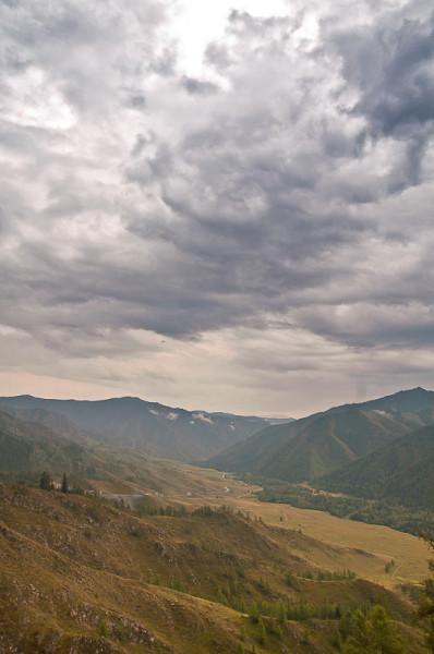 Вид с перевала Чикетаман