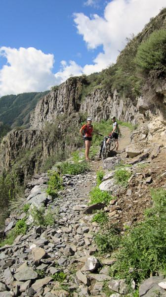 Велосипед на тропе Иня-Тюнгур