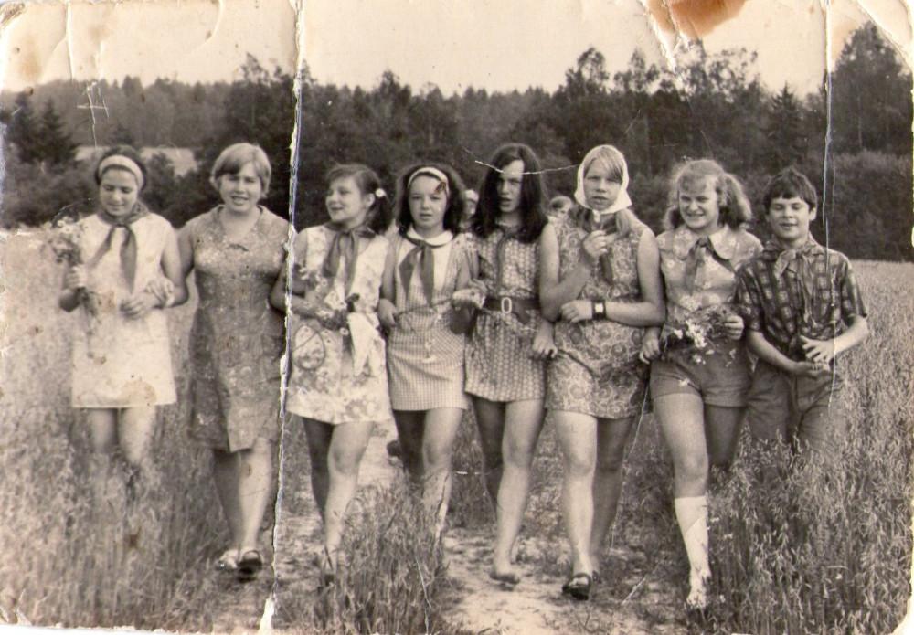 девочки в пионерлагерях ню